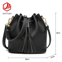 Hot Selling Stock Tassel Bag Casual Hand Shoulder Bag Tote Bucket bag